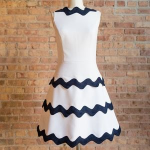 NWT Sail to Sable Tiered Dress